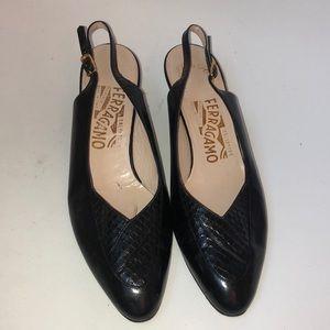Vintage Salvatore Ferragamo slingback heels 8 AA